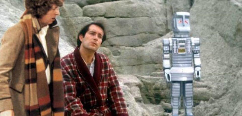 ۱۰ رفرنس به Hitchhiker's Guide to the Galaxy در دکترهو که ممکن است ندانید